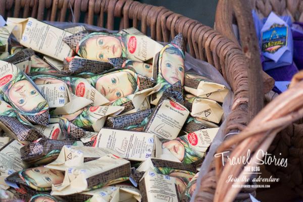 Russische Bonbons mit Mädchengesichtern