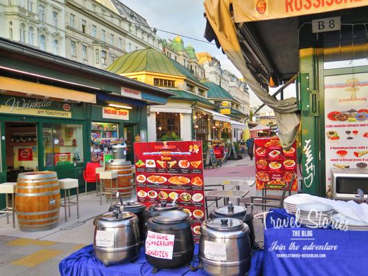 Marktstände und Jugendstilfassaden