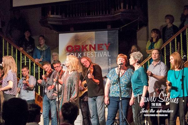 Grand Finale beim Orkney Folk Festival 2015 in der Town Hall von Stromness ©Sabine Mey-Gordeyns