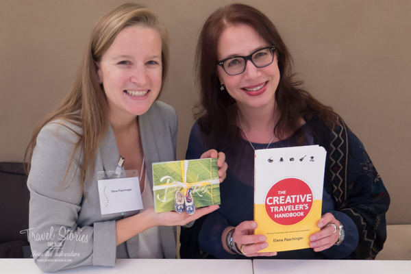 Elena Paschinger stellt der Blogautorin ihr soeben erschienenes Buch vor ©Sabine Mey-Gordeyns