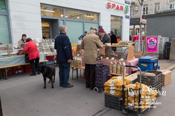 Minimarkt vor Spar Supermarkt