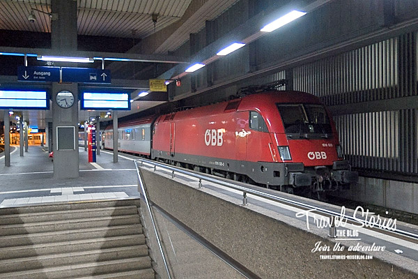 Der Nachtzug der ÖBB EuroNight 421 am Bahnhof Düsseldorf ©Sabine Mey-Gordeyns, travelstories-reiseblog.com