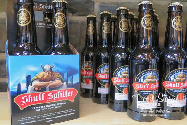 Bierflaschen mit Emblem der Orkney Brewery