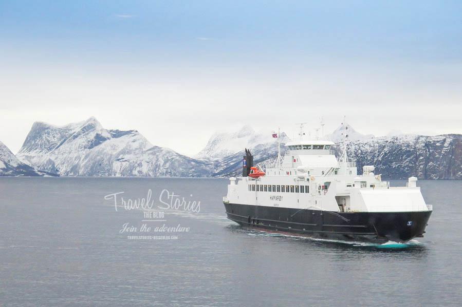 """Eine An- oder Abreise Richtung Lofoten per Fähre ist ein absolutes """"Muss"""". ©Sabine Mey-Gordeyns"""