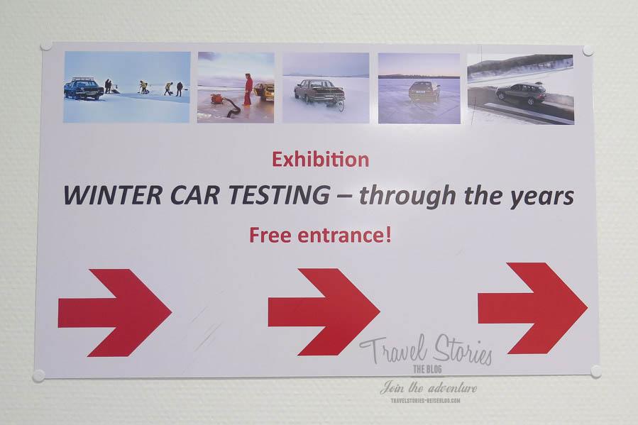 Ausstellung über Wintertests der Automobilindustrie am Flughafen von Arvidsjaur, Schweden ©Sabine Mey-Gordeyns