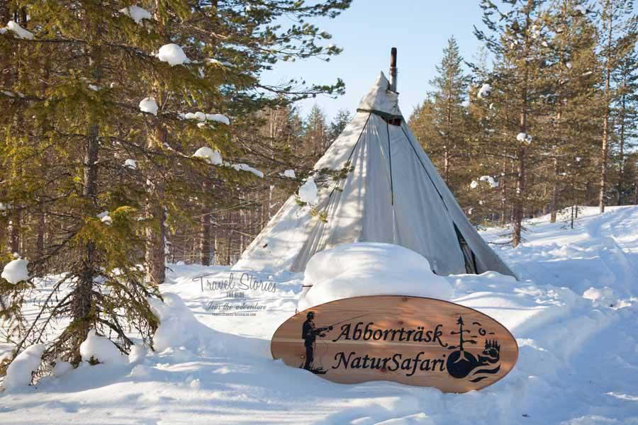 Eine Nacht im Tipi am See: hier werden Lappland-Träume wahr ©Sabine Mey-Gordeyns