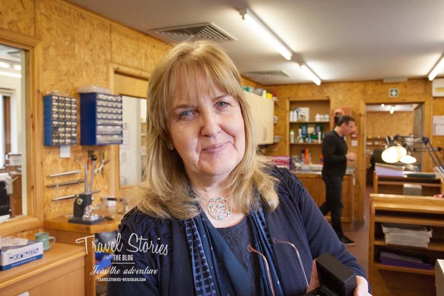 Sheila Fleet in der Werkstatt in Tankerness - Orkney Islands ©Sabine Mey-Gordeyns