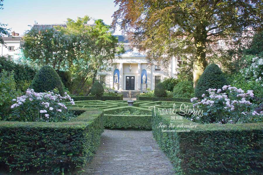 Garten des Museum van Loon mit Blick auf das restaurierte Kutschhaus ©Sabine Mey-Gordeyns