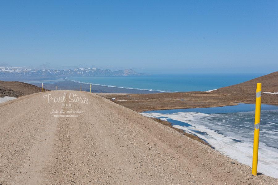 Eissee, Nordmeer, Gebirge und die Schotterpiste auf der 94 - hier der Rückweg nach Egilsstadir ©Sabine