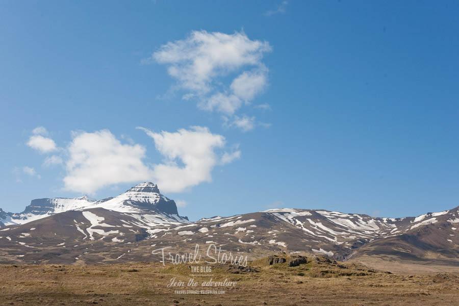 Allein schon wegen der Landschaft lohnt sich ein Besuch bei der Elfenkönigin auf der Elfenburg ©Sabine Mey-Gordeyns