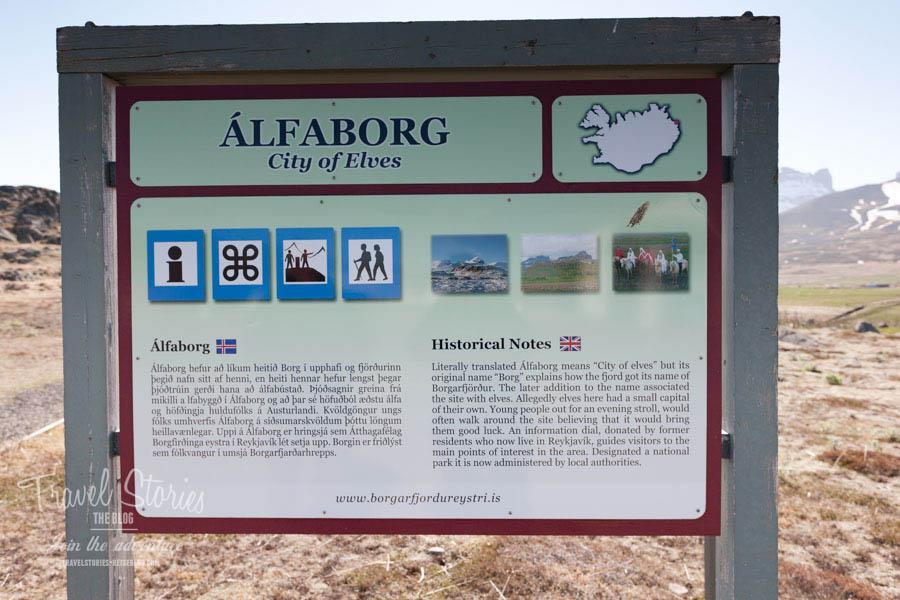 Infotafel bei der Elfenburg - Alfaborg - City of Elves ©Sabine Mey-Gordeyns