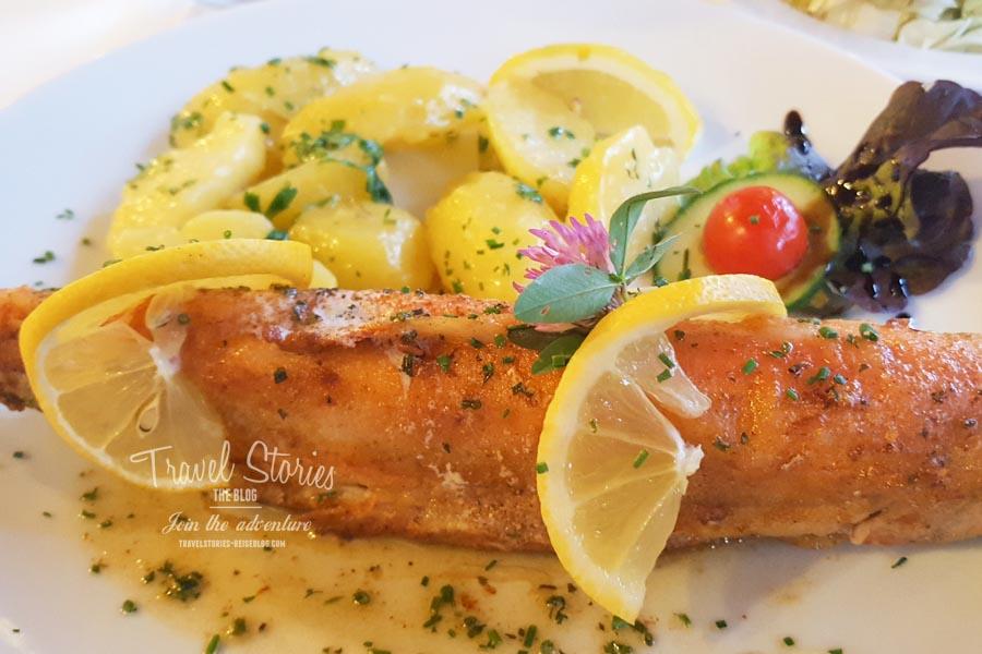 Fischgericht im Restaurant ©Sabine Mey-Gordeyns, travelstories-reiseblog.com