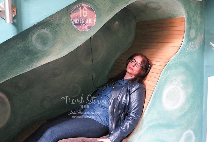 Hörstation: Treffe ich hier die Seenixe im Nixenschloss? ©Sabine Mey-Gordeyns, travelstories-reiseblog.com