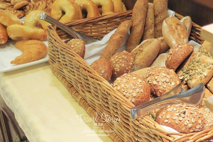 Frühstücksbuffet - Brotauswahl © Sabine Mey-Gordeyns, travelstories-reiseblog.com