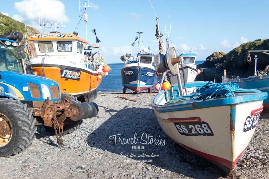 Fischerboote am Hafen von Cadgwith © Sabine Mey-Gordeyns, travelstories-reiseblog.com